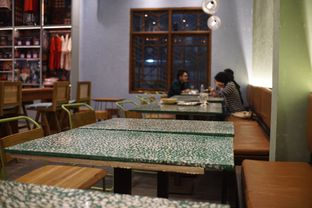 Foto 5 - Interior di Coffee Smith oleh Fadhlur Rohman