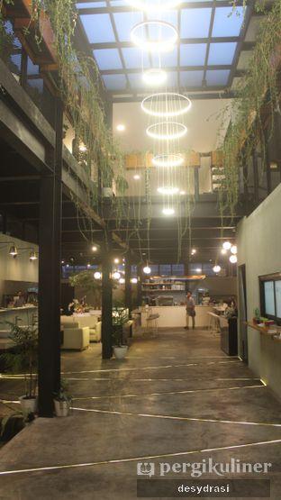 Foto 3 - Interior di Arunika Coffee & Bar oleh Desy Mustika