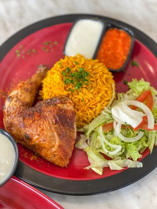 Foto 4 - Makanan di Emado's Shawarma oleh heiyika
