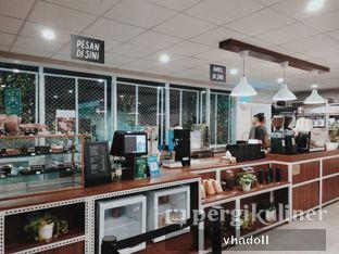 Foto 3 - Interior(Bar) di Tuku Kopi oleh Syifa