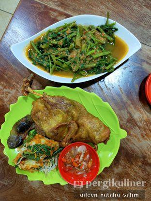 Foto - Makanan di Bebek Goreng HT Khas Surabaya oleh @NonikJajan