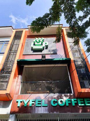 Foto 10 - Eksterior di TYFEL COFFEE oleh Duolaparr