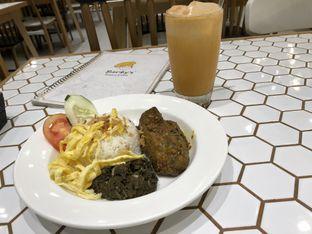 Foto - Makanan di Barby's Bakery & Cafe oleh @yoliechan_lie