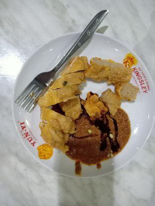 Foto - Makanan(Batagor Campur Goreng) di Batagor & Siomay Kingsley oleh Florentine Lin