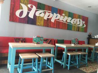 Foto 5 - Interior di Moska Cafe & Eatery oleh Prido ZH