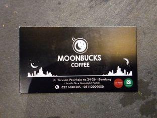 Foto 3 - Interior di Moonbucks Coffee oleh Chris Chan