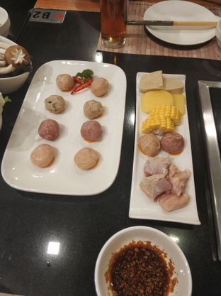 Foto 6 - Makanan di Phoenix Coconut Chicken Shabu - Shabu oleh Joko Loyo