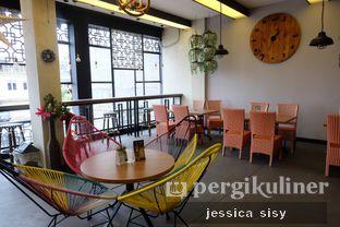 Foto review De Cafe Rooftop Garden oleh Jessica Sisy 14