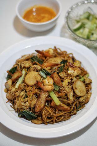 Foto 3 - Makanan(Bakmi Goreng Seafood) di Bakmi Salemba 43 oleh Yenni Tanoyo