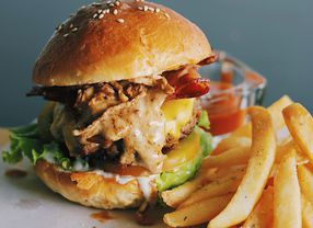 Dahsyatnya Rasa 6 Burger di Tangerang ini Bisa Bikin Kamu Ketagihan