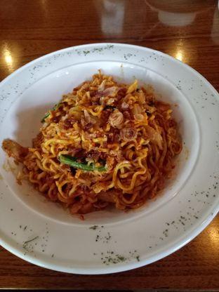Foto 4 - Makanan di The Place oleh Namira