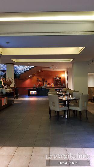 Foto 10 - Interior di Cafe One - Wyndham Casablanca Jakarta oleh UrsAndNic