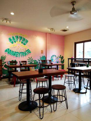 Foto 5 - Interior di Mura Kedai Kopi oleh Ika Nurhayati