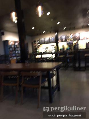 Foto 4 - Interior di Starbucks Coffee oleh Suci Puspa Hagemi