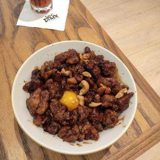 Foto 9 - Makanan(Kungpao Chicken) di SEC Bowl oleh felita [@duocicip]