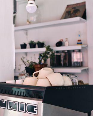 Foto review Cap Roti Buaya No. 72 oleh Vina | Eat and Leisure 1