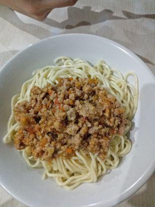 Foto 2 - Makanan di Mie Rica Kejaksaan oleh Novia Magdalena