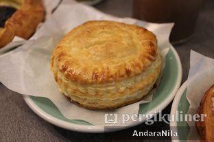 Foto 6 - Makanan(Chicken Puff Pastry) di 7 Speed Coffee oleh AndaraNila