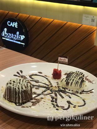 Foto 7 - Makanan(Molten Lava Cake) di Chocola Cafe oleh Delavira