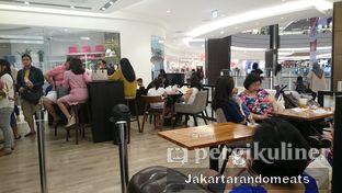 Foto 4 - Interior di KOI Cafe oleh Jakartarandomeats