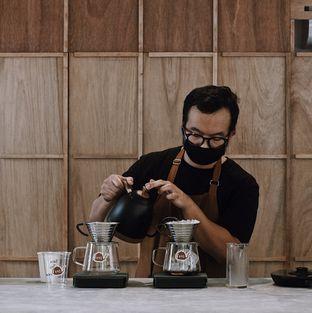 Foto 2 - Interior di Kyo Coffee oleh Della Ayu