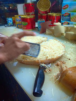 Foto 3 - Makanan di Martabak Sinar Bulan oleh Jocelin Muliawan