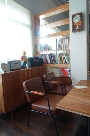 Foto 11 - Interior di Pomato Coffee oleh inggie @makandll