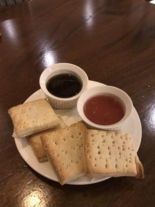 Foto 1 - Makanan(Biscuits) di La Posta - Taste Of Argentine oleh Patricia.sari