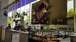 Foto 7 - Interior di Eighty/Nine Eatery & Spirits oleh UrsAndNic