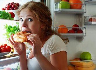 Night Eating Disorder, Apa Gejalanya dan Bagaimana Cara Mengatasinya?