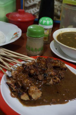 Foto 6 - Makanan di Warung Sate Tongseng Pak Naryo Solo oleh yudistira ishak abrar