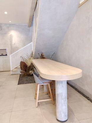 Foto 9 - Interior di Coffeeright oleh Prido ZH
