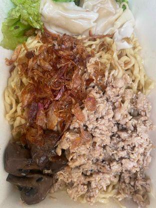 Foto 4 - Makanan di Pangsit Mie & Lemper Ayam 168 oleh Levina JV (IG : @levina_eat & @levinajv)