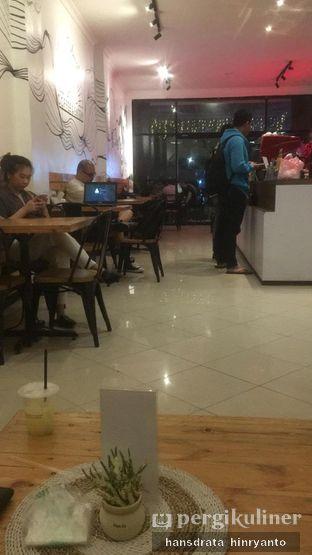 Foto 2 - Interior di Teman Sebangku Coffee oleh Hansdrata Hinryanto