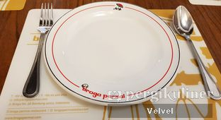 Foto 1 - Makanan di Braga Permai oleh Velvel
