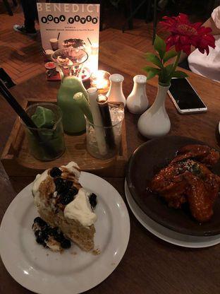 Foto 1 - Makanan di Benedict oleh Cressya Cesia A