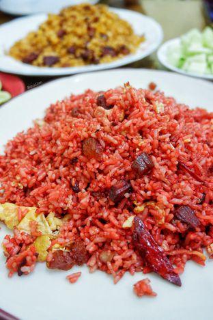 Foto - Makanan(Nasi Goreng Merah) di Sari 21 oleh David Sugiarto