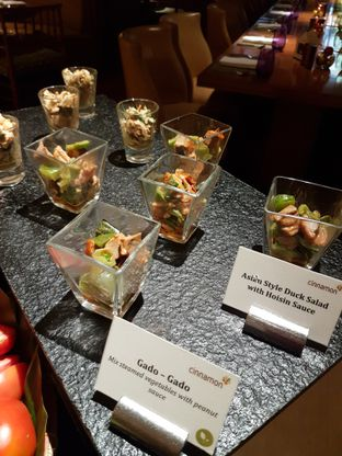 Foto 1 - Makanan di Cinnamon - Mandarin Oriental Hotel oleh ig: @andriselly