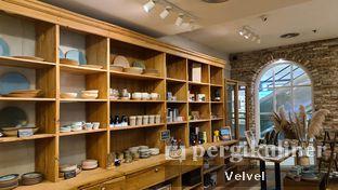 Foto 6 - Interior di Sajiva Coffee Company oleh Velvel
