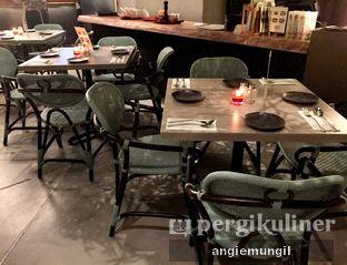 Foto 4 - Interior di Lalla Restaurant oleh Angie  Katarina