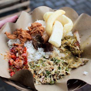 Foto review Babi Guling Bu Gede oleh Christine Lie #FoodCraverID 1