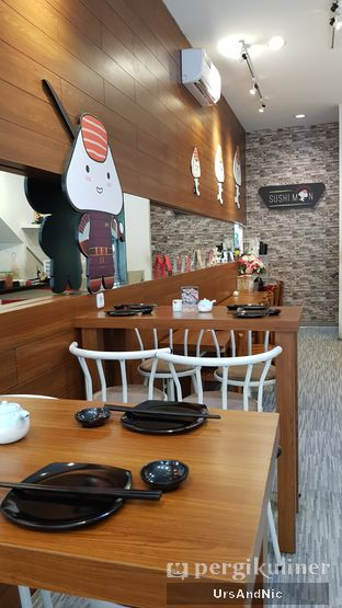 Foto 8 - Interior di Sushi Man oleh UrsAndNic