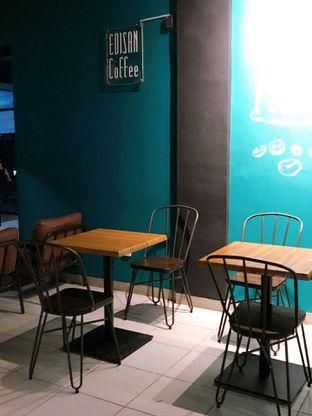 Foto 11 - Interior di Edisan Coffee oleh yudistira ishak abrar
