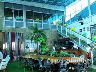 Foto 4 - Interior di Opiopio Cafe oleh Tirta Lie