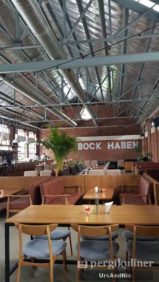 Foto 4 - Interior di Beer Hall oleh UrsAndNic