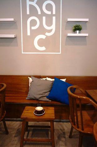 Foto 26 - Interior di Kapyc Coffee & Roastery oleh Prido ZH
