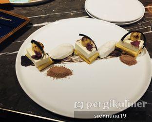 Foto 4 - Makanan(Klappertart (old vers)) di J. Sparrow's Bar & Grill oleh Sienna Paramitha