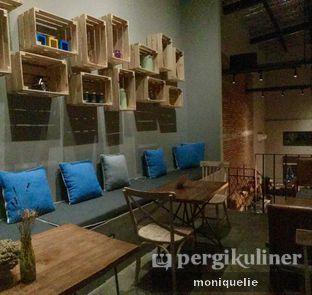 Foto 4 - Interior(Suasana lantai 2) di Gatherinc Bistro & Bakery oleh Monique @mooniquelie @foodinsnap
