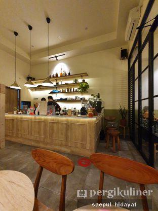 Foto 2 - Interior di Sedjenak Koffie En Eethuis oleh Saepul Hidayat