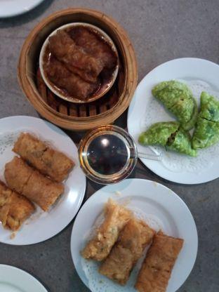 Foto 2 - Makanan(Dim Sum) di Eastern Restaurant oleh Chris Chan